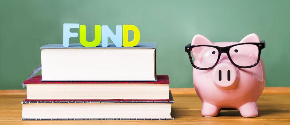 Saving Money in your piggy bank